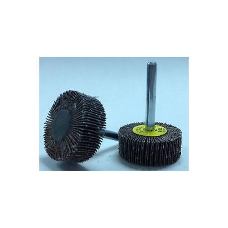 Cepillo taza D.75 alambre acero latonado 0,3 mm ondulado M14
